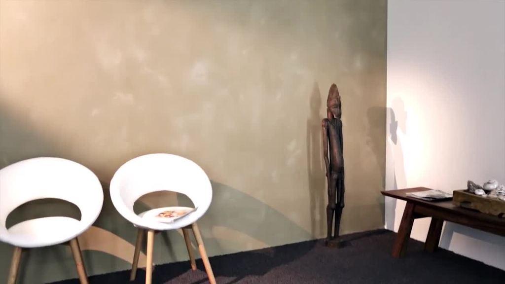 Der Trailer zeigt die Verarbeitung von Creativ Sentimento 78 in der Ausführungstechnik Feinstruktur.