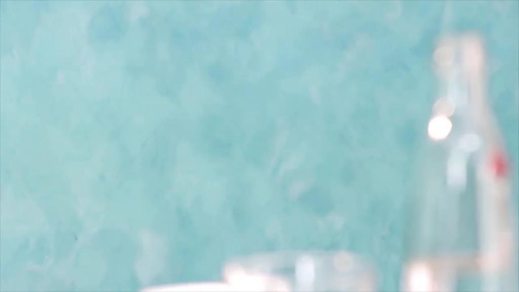 Der Trailer zeigt die Verarbeitung von Creativ Algantico 70 in der Ausführungstechnik Stucco.