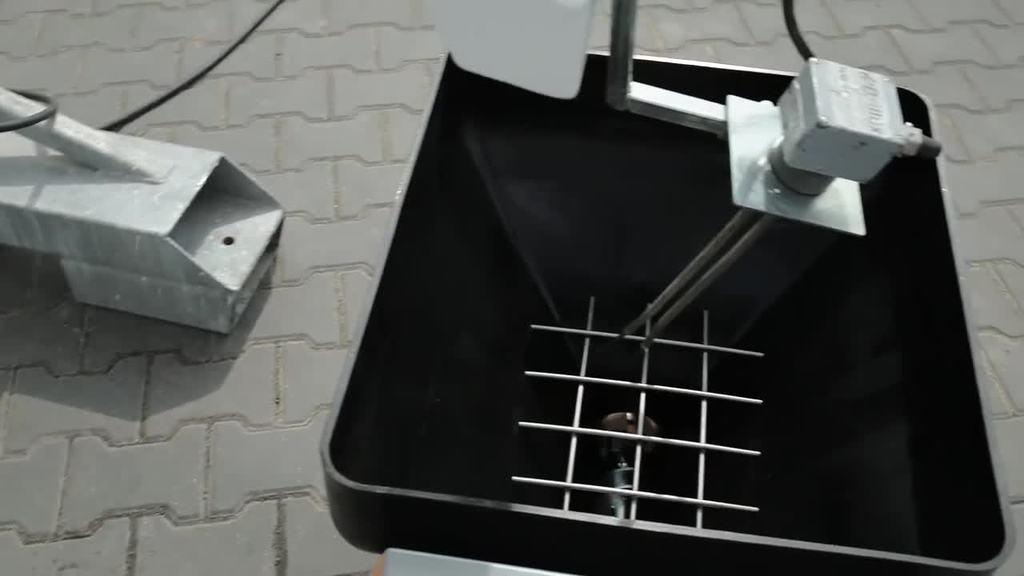 Videoanleitung zum Trockensilo S 1600 – Einsatz eines Schneckenfördergeräts